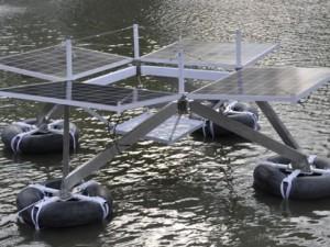 Projeto usa energia solar para equipamentos em situações de enchente.