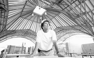 O arquiteto Simon Velez