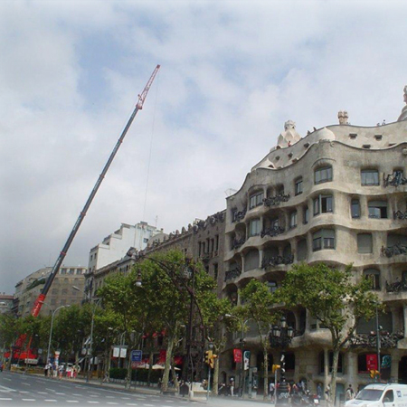 Empresa edifica casas modulares sobre edif cios antigos em - Casas modulares barcelona ...