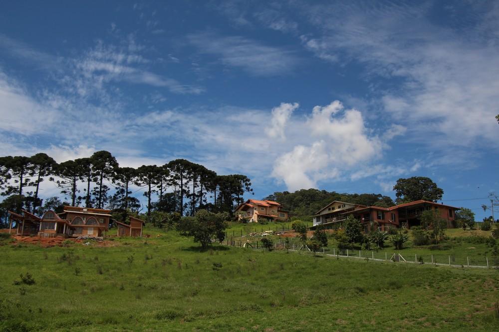 ecovilas-brasileiras-clareando